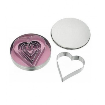Heart Shaped Cutters in Tin