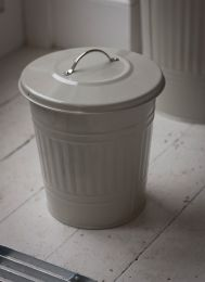 Mini Bin in Clay