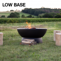 Firepit with low base by Hergom