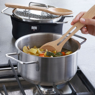 Saucepans stock pots and steamers