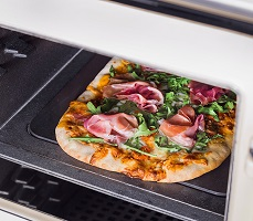 AGA ER7 oven with pizza